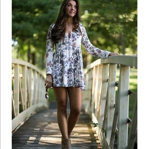 Kendall & Kylie | floral boho dress sz L